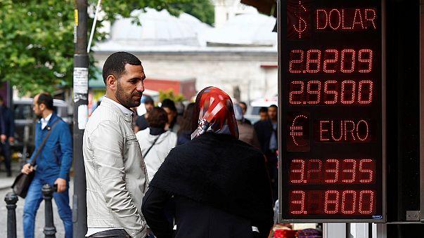 Az isztambuli tőzsde erősödéssel reagált a miniszterelnök távozására