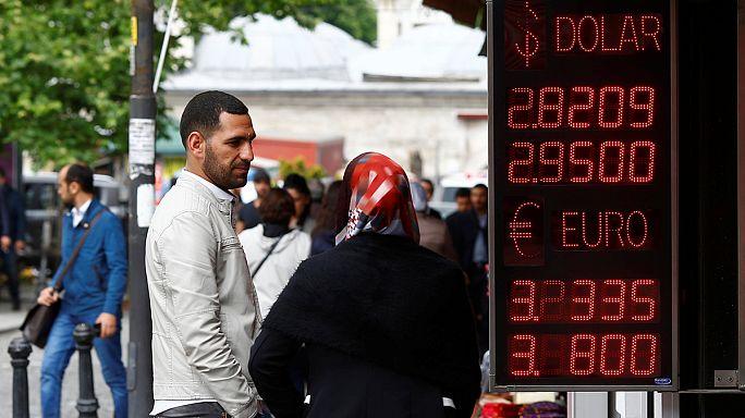"""Davutoğlu:""""Kimse ekonomide spekülasyon yapmaya çalışmasın, önlemlerimizi aldık"""""""