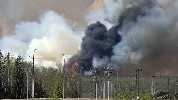 Az olajtermelést is visszavetette a tűz Kanadában