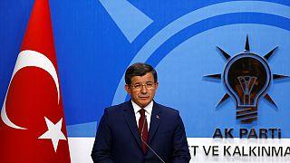 """Erdoğan: """"Hayırlı olsun, başbakanın kendi kararı"""""""