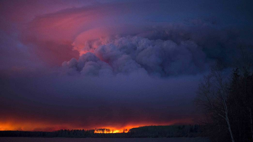 Kanada'da orman yangını felaket dönüştü