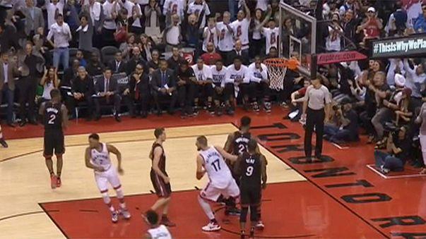 NBA: Raptors empatam eliminatória frente a Miami