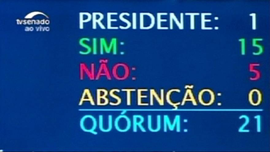 Brésil : une commission du Sénat recommande la suspension de la présidente Dilma Rousseff