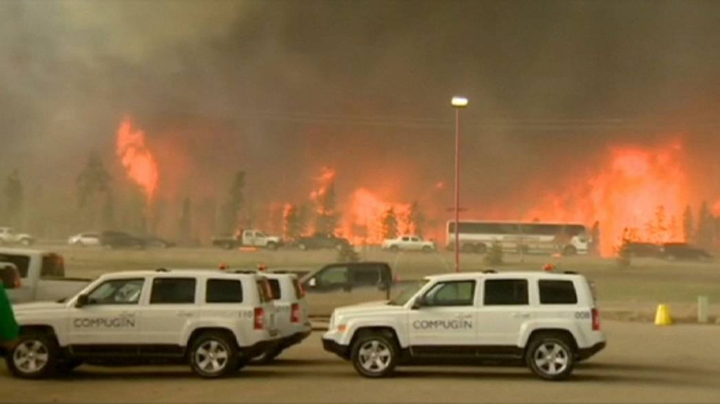 Canada wildfire 'could double in size'