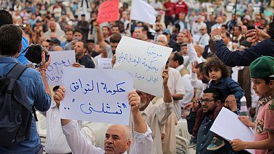 Libye : des tirs d'obus sur des manifestants à Benghazi