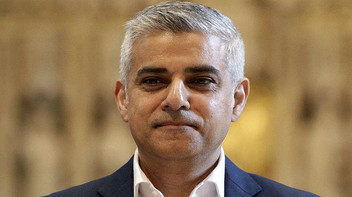 صادق خان يتولى منصبة كعمدة لمدينة لندن