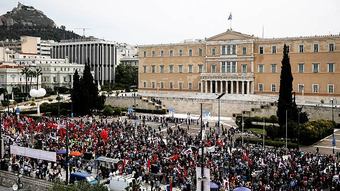 Anger over austerity: Third day of rallies in Greece over pensions and tax reforms