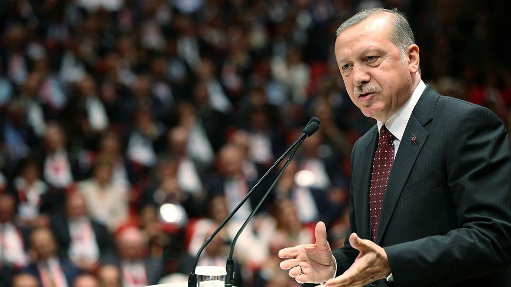 The Brief from Brussels: Platzt das Flüchtlingsabkommen mit der Türkei?