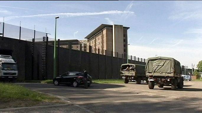 Belçika'da gardiyanların grevi nedeniyle ordu cezaevlerinde