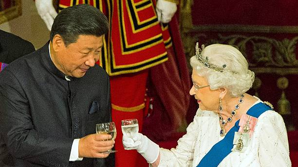 """Broadcasters show footage of HM The Queen's """"diplomatic gaffe"""""""