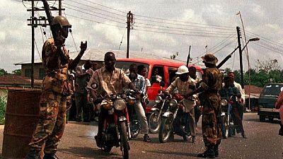 Nigeria : des policiers attaqués sur des installations pétrolières dans le Delta du Niger