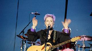 "Cyndi Lauper takes a ""Detour"" with country music"