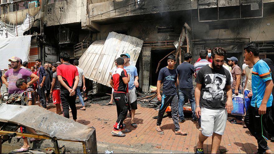 Casi un centenar de muertos en tres ataques terroristas en Bagdad