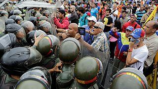 В Венесуэле демонстранты требуют отставки президента Мадуро