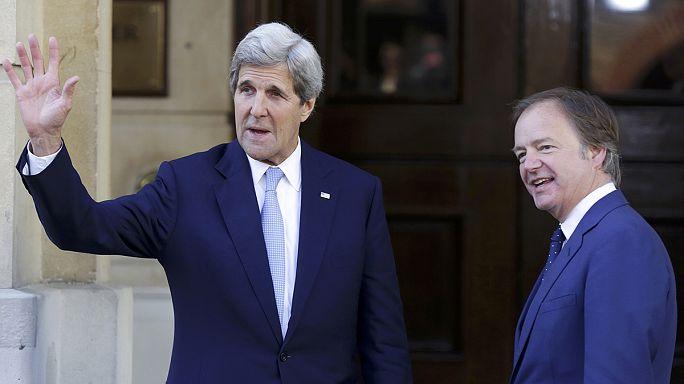 """Великобритания проводит антикоррупционный саммит, ее """"налоговые гавани"""" под угрозой"""
