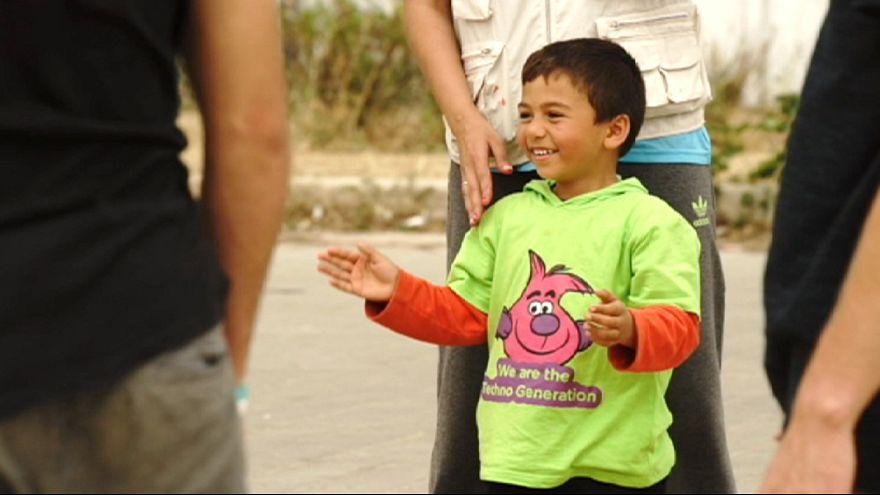 La vida en el campo de refugiados griego de Elliniko