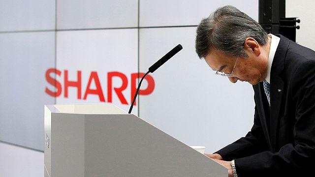 Sharp's losses widen, underscoring Foxconn's turnaround challenge