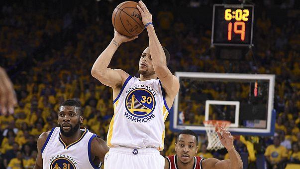 Golden years Warriors defeat Portland in the NBA semis