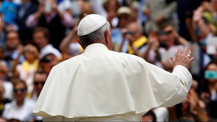 """البابا فرنسيس يفتح الباب لرسم النساء بصفة """"شماس"""""""