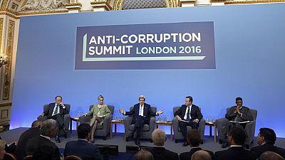 Ouverture du sommet anti-corruption à Londres