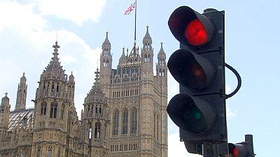 """Britische Zentralbanker warnen vor """"Brexit"""" - """"Rezession möglich"""""""