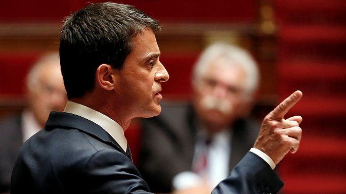 Франция: волнения в парламенте и на улицах в связи с изменением трудового кодекса