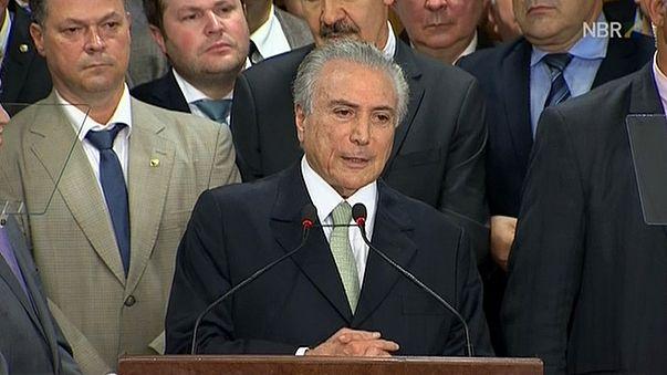 رئيس البرازيل المؤقت يدعو إلى التوحد واستعادة المصداقية