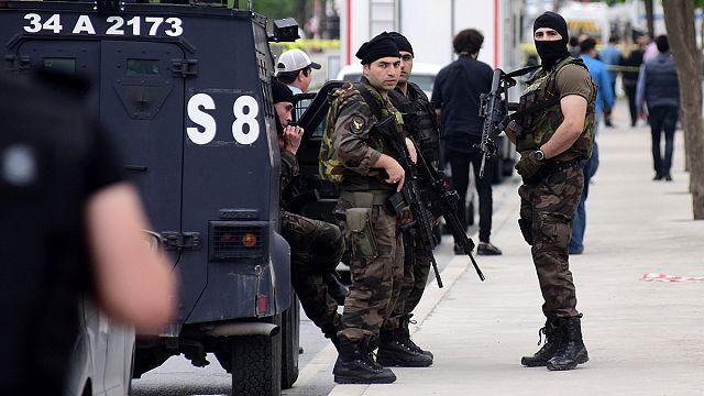 Újabb pokolgépes merényletek Törökországban