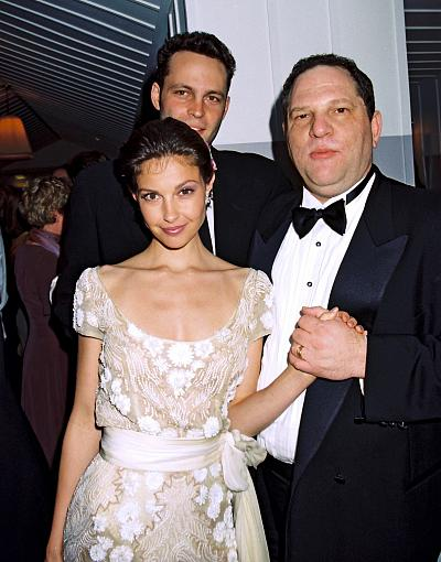 Vince Vaughn, Harvey Weinstein and Ashley Judd at the Dom Perignon Champagne Oscar Party on March 24, 1997 in Los Angeles.