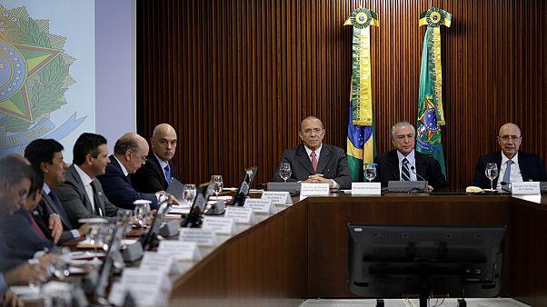 Brasile, prima riunione del nuovo governo del presidente Michel Temer