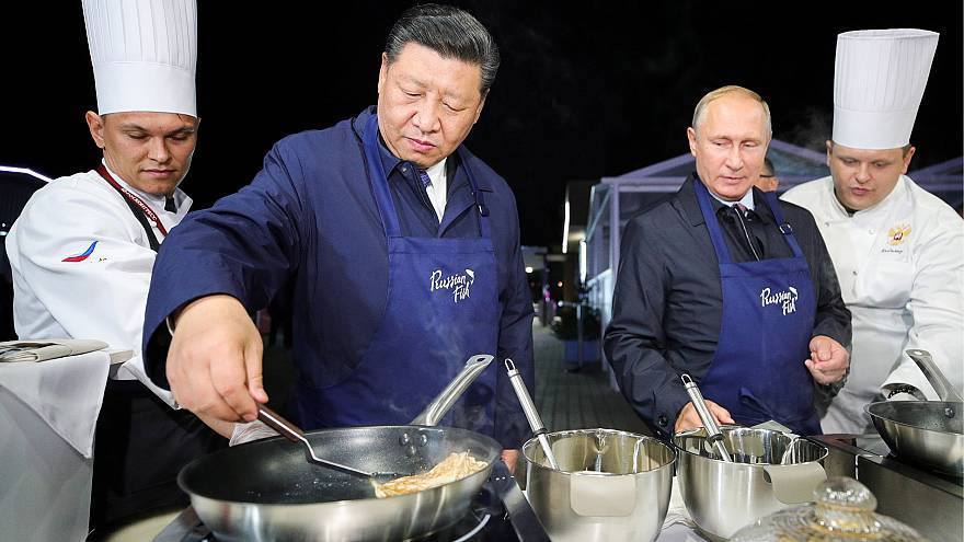 Image: Russian President Vladimir Putin and Chinese President Xi Jinping ma