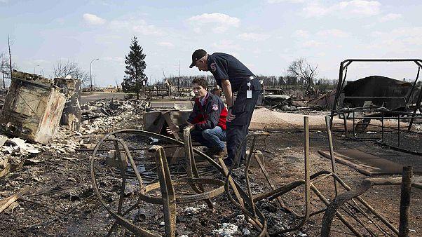 دیدار نخست وزیر کانادا از مناطق آسیب دیده از آتش سوزی