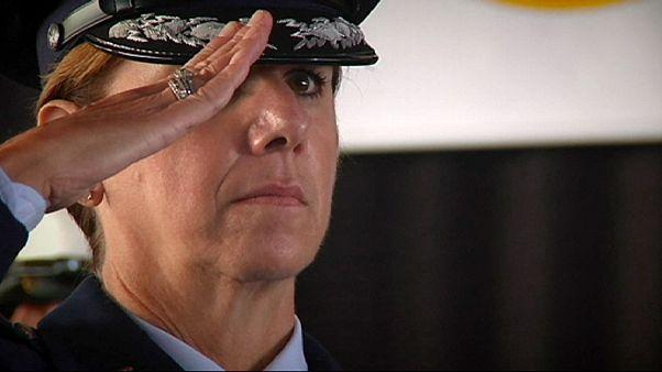 Λόρι Ρόμπινσον: Η πρώτη ανώτερη διοικήτρια των αμερικανικών ενόπλων δυνάμεων