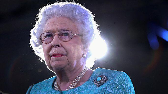 Nagy-Britannia: II. Erzsébet királynőt köszöntötték