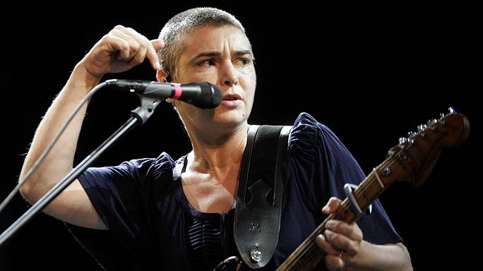 Sinead O'Connor viva e em Chicago