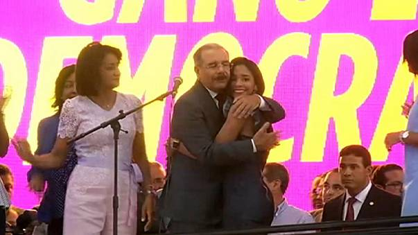 Dom-Rep: Amtsinhaber Medina feiert schon