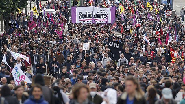 Франция охвачена протестами против трудовой реформы