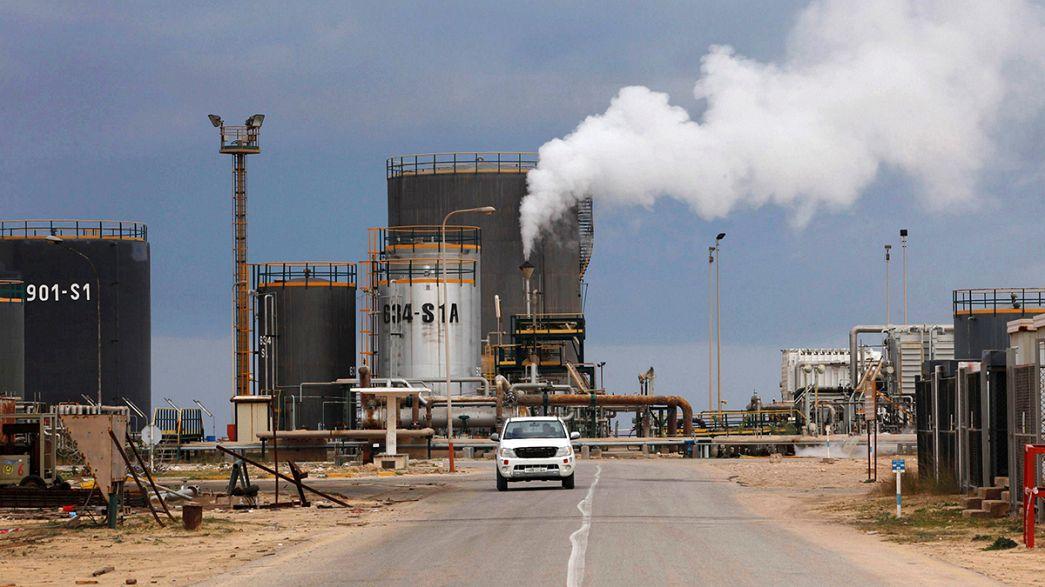 Divided Libya agrees on oil