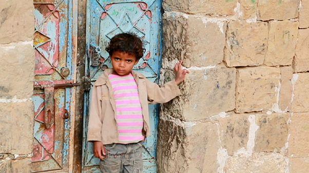 اليمن : قرية حصن عطان الأثرية، أولى ضحايا الحرب و الإهمال