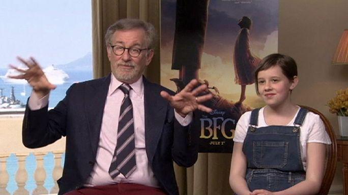 A barátságos óriással érkezett Spielberg Cannes-ba