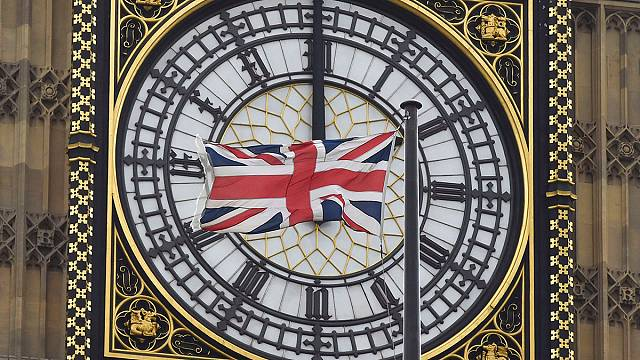 AB Brexit kampanyası konusunda sessizliğini bozdu