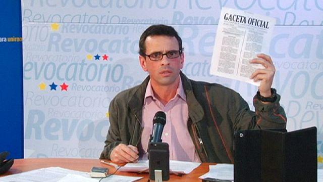 Venezuela'da 'parlamentonun feshi an meselesi'