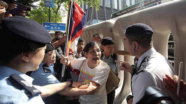 احتجاجات في هونغ كونغ على زيارة مسؤول صيني رفيع