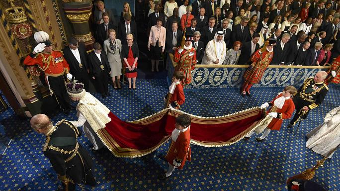 اليزابيث الثانية تعلن برنامج الحكومة التشريعي الجديد