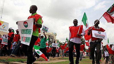 Nigeria : un syndicat défie l'interdiction de manifester contre la hausse des prix du carburant