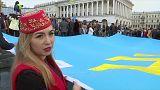 Miles de personas conmemoraron en el centro de Kiev a las víctimas del genocidio tártaro