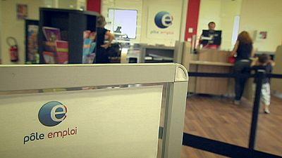 Mainland France unemployment dips below 10%