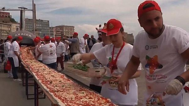 بزرگترین پیتزای جهان در ناپل ایتالیا