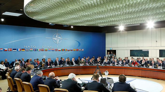 La OTAN se moviliza en su flanco este