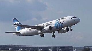 """Avion disparu : l'Egypte n'exclut pas """"l'acte terroriste"""" ou ''l'incident technique''"""